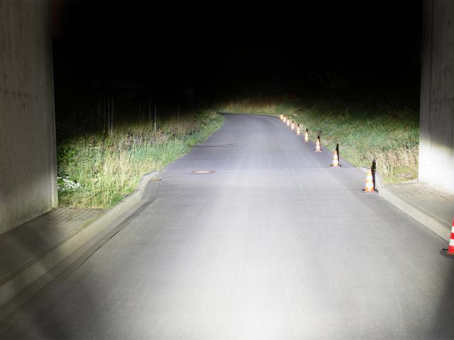 Lampka rowerowa o mocy  180 LUX