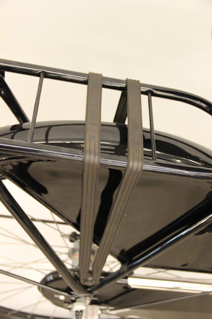 Gazelle Basic Classic gumy na bagażnik porównanie z Batavus Old Dutch