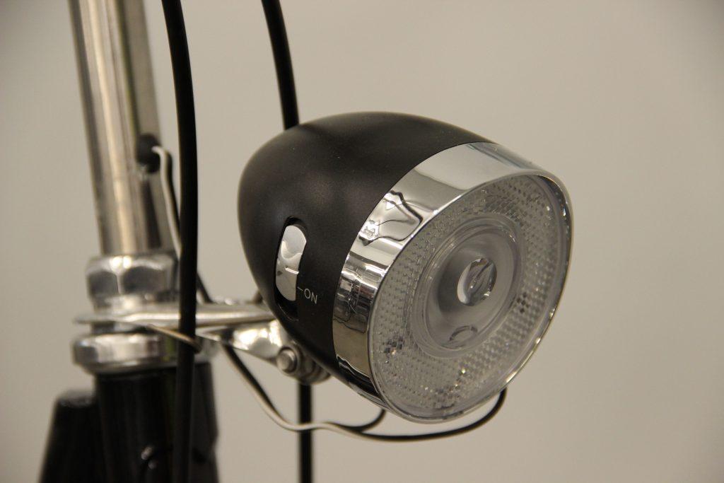 Gazelle Basic Classic lampka przednia porównanie z Batavus Old Dutch