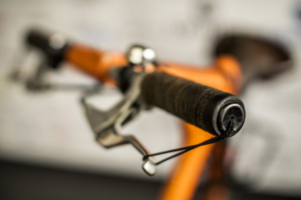 skldanie-i-rozkladanie-roweru-strida-7